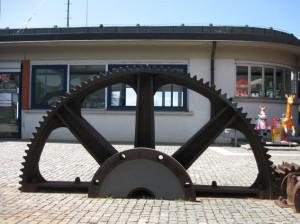 Le vecchie ruote della funicolare di Brunate